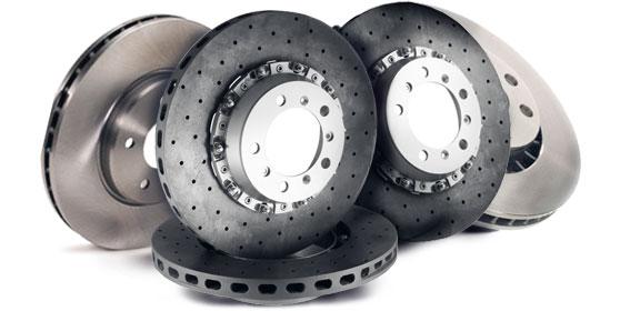 Сравнение обычных тормозных дисков с керамикой
