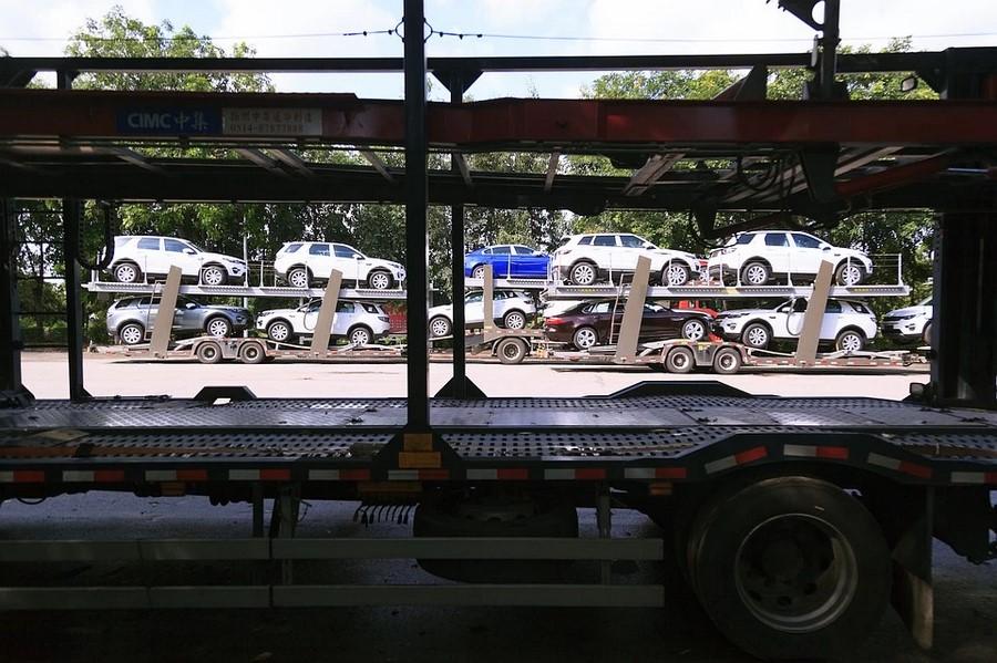 Рынок новых автомобилей Китая полностью обвалился