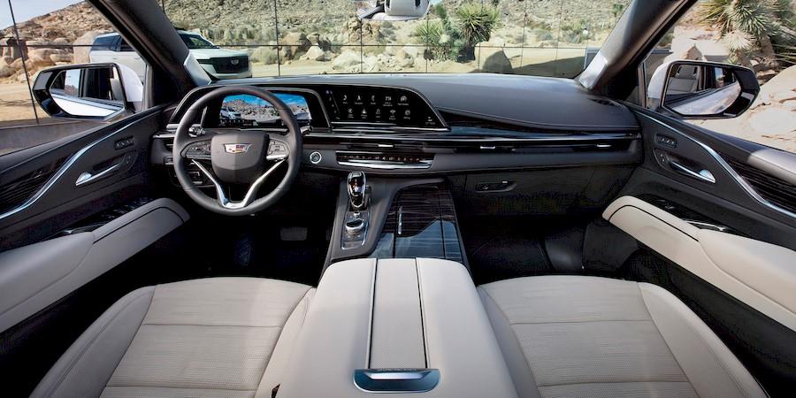 Новый Cadillac Escalade ESV может оказаться самым большим люксовым внедорожником в мире
