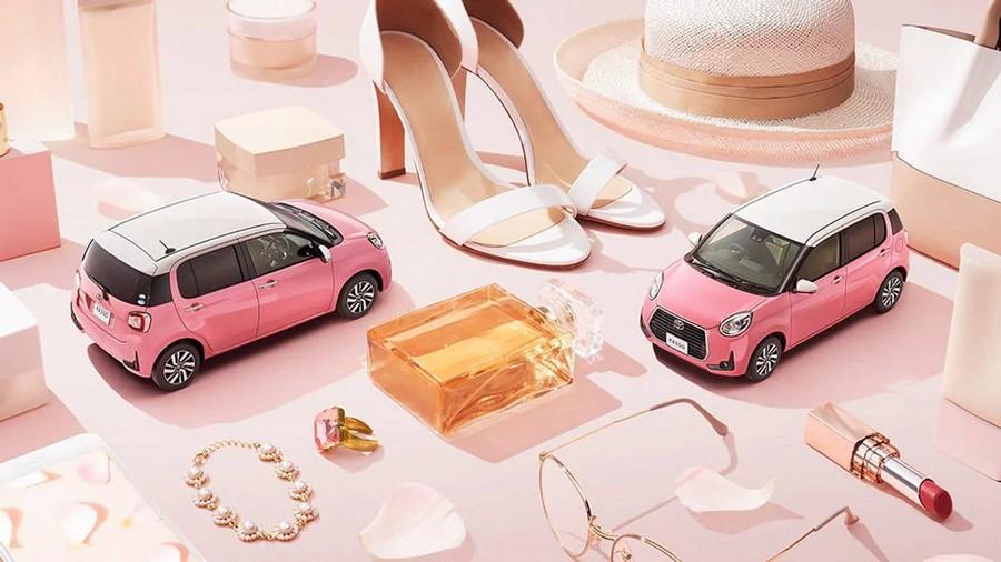 Toyota представила специальную серию компактного автомобиля для девушек